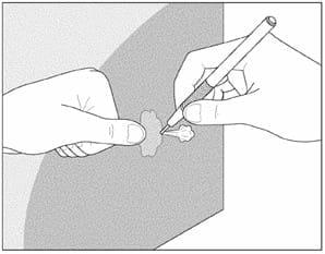 Наклеивание влажным способом полупрозрачных пленок 3М™ после трафаретной печати, термопечати или раскроя 6