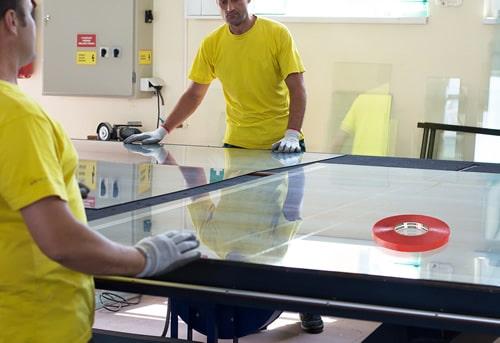Клейкая лента для стекла и прозрачных пластиков